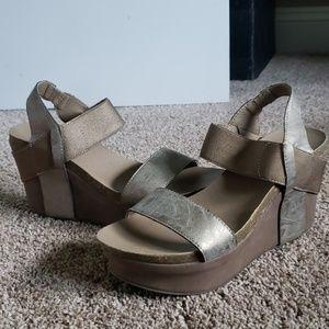 Corkys wedge sandal